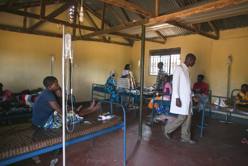 Uganda Medical Clinic 002
